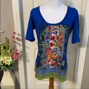 Akemi + kin Anthropologie blue pattern top size s